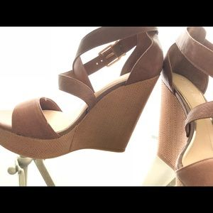 Poshmark Gianni Sandals Bini ShoesScottie Wedge Leather N8nwXP0Ok